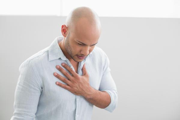 چه عاملی باعث تپش قلب و تنگی نفس می شود؟