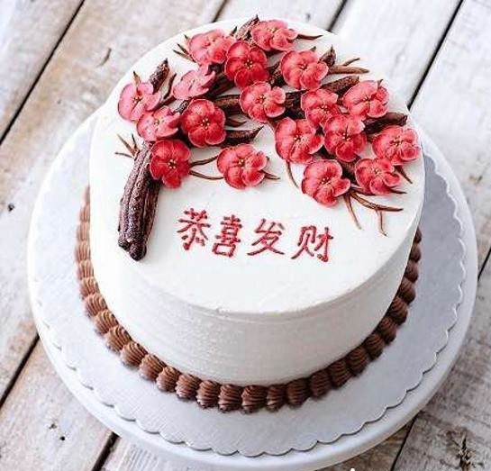 کیک تولد زنانه و دخترانه؛ مدل های تزیین کیک تولد زنانه شیک و زیبا