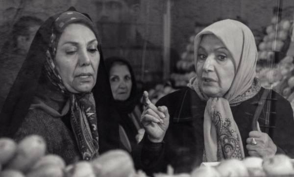 سریال بر سر دوراهی + خلاصه داستان و عکس های سریال و بازیگران