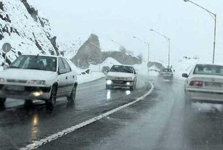 نکات مهم هنگام رانندگی در جاده بارانی و لغزنده