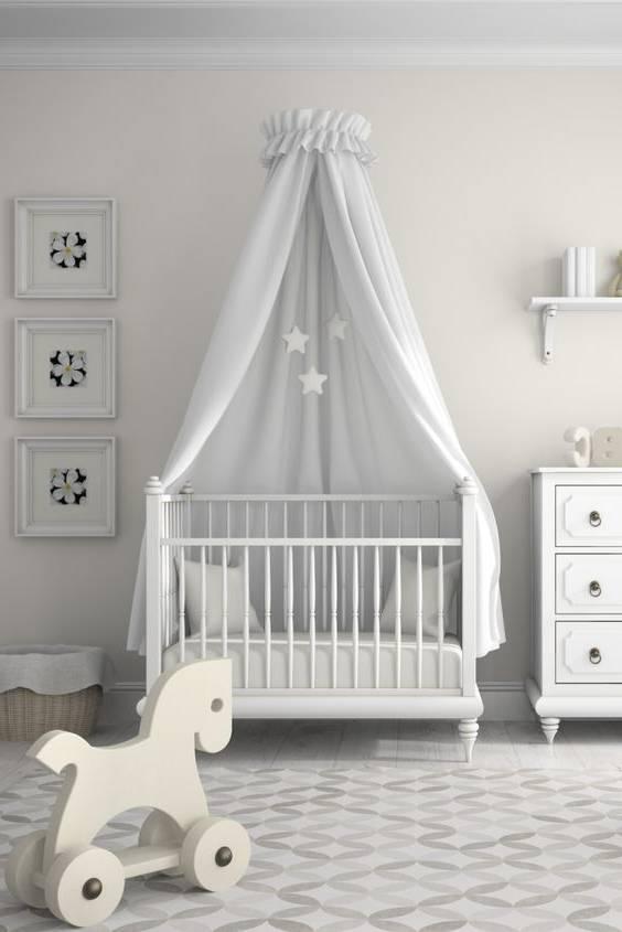 دکوراسیون اتاق کودک با تم سفید