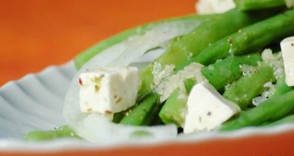 سالاد لوبیا سبز پنیری