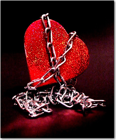 عکس استوری قلب قرمز