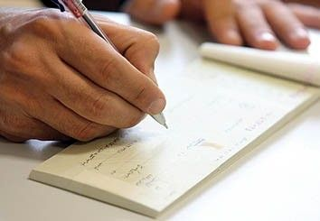 Photo of گرفتن دسته چک + تمام شرایط گرفتن دسته چک برای افراد حقیقی و حقوقی