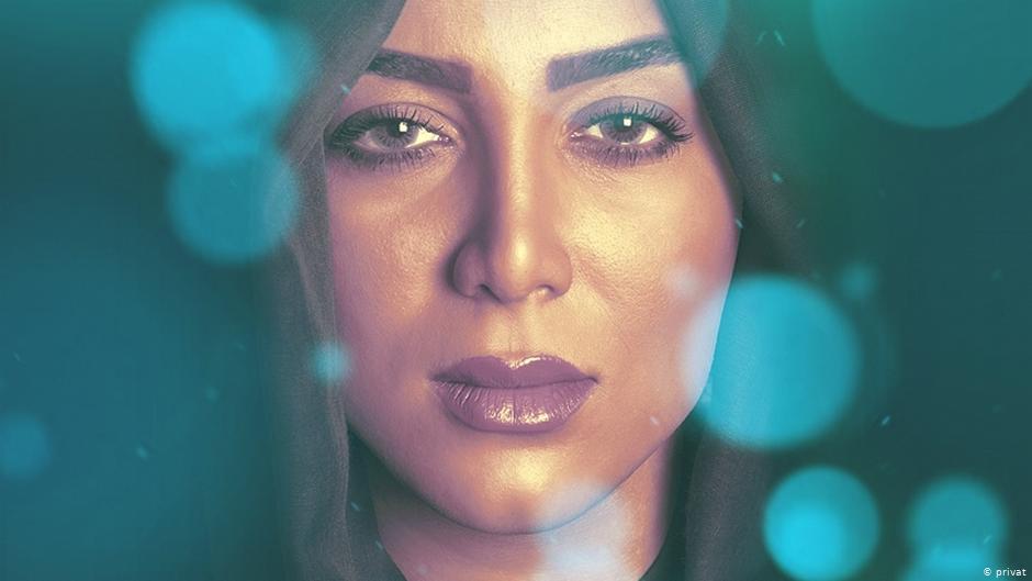 بیوگرافی ستین (فرناز ملکی زاده) + زندگی شخصی هنری و عکس های این خواننده زن