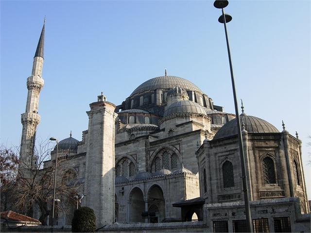 معرفی و آشنایی با مساجد استانبول در تور ها