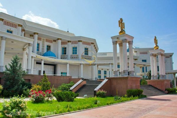 مکان های دیدنی عشق آباد در ترکمنستان
