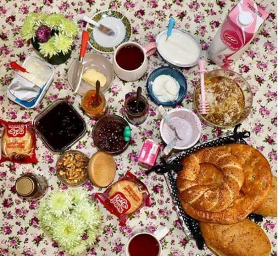 تزیین صبحانه عروس + مدل های شیک میز صبحانه عروس بسیار زیبا