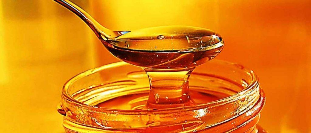 درمان زخم معده با عسل طبیعی