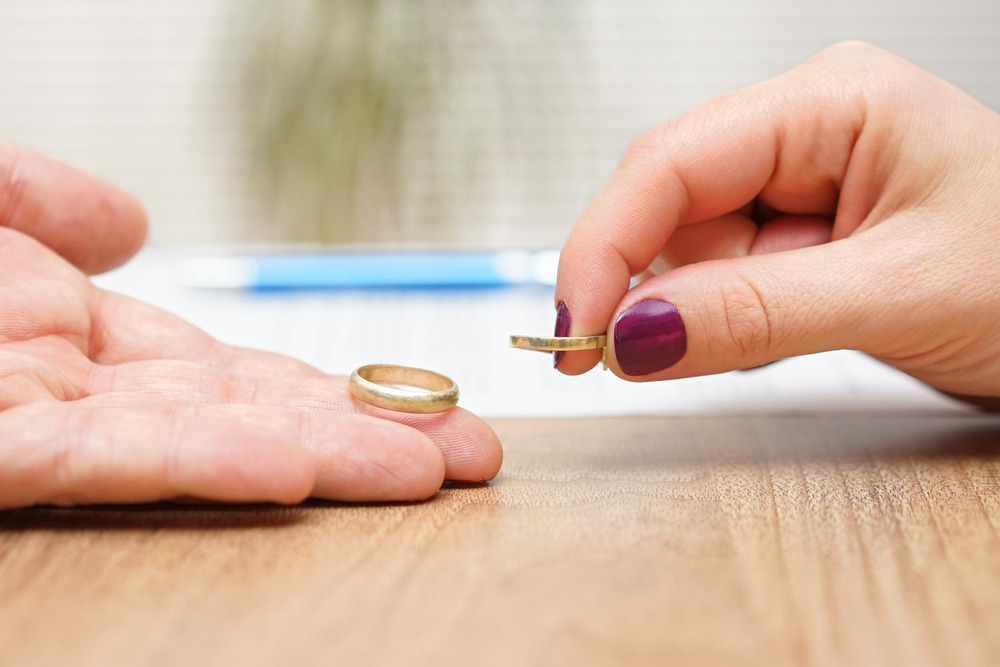Photo of طلاق گرفتن از طرف زن + مراحل طلاق گرفتن از سمت زن در ایران و شرایط آن