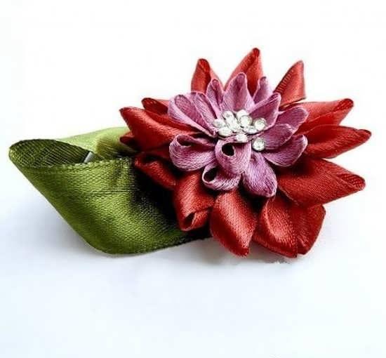 آموزش گلسازی با روبان + روش ساخت ۳ نوع گل زیبا با روبان