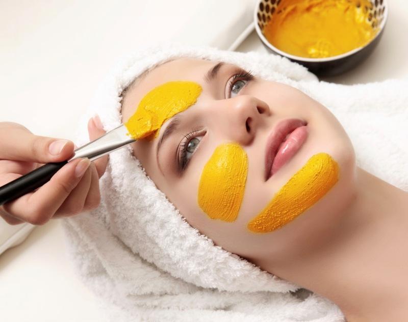 Photo of طرز تهیه ماسک زرده تخم مرغ؛ درمان آکنه و جوش های سر سیاه