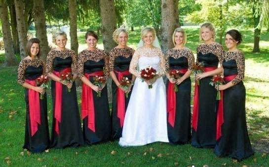 ژست عکس عروس با ساقدوش
