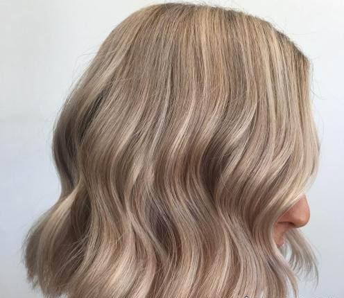 مدل موی نیمه کوتاه