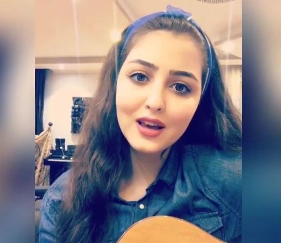 Photo of بیوگرافی کیمیا تاج زاده + عکس های همسر و اطلاعاتی از زندگی شخصی و هنری این خواننده