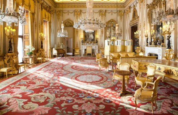 Photo of کاخ سلطنتی باکینگهام + نگاهی به درون این کاخ زیبا و تصاویری از آن