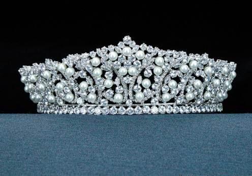 مدل تاج عروس ملکه ای و اشرافی