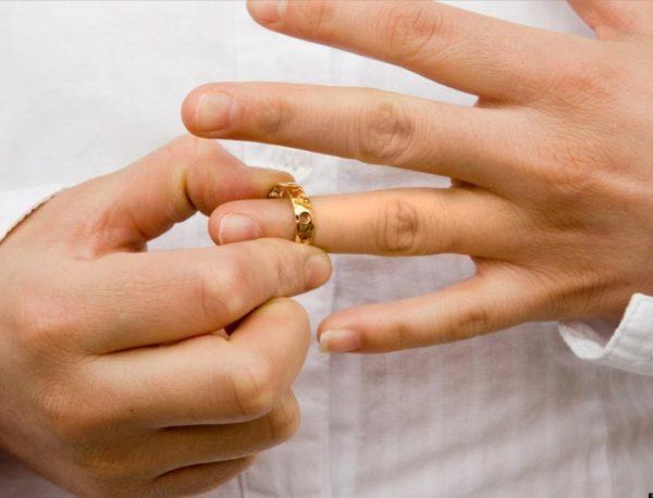 Photo of مراحل طلاق غیابی | شرایطی که مرد و زن برای طلاق غیابی باید داشته باشند
