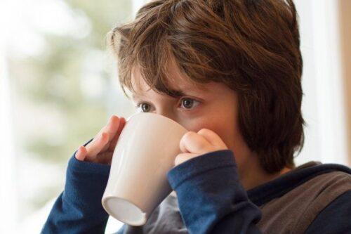 Photo of مصرف قهوه برای کودک + خطرات و مضرات خوردن قهوه برای کودکان
