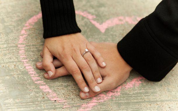 روش های درک کردن همسر و فوایدی که به همراه دارد