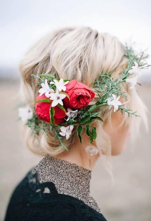 شینیون با تاج گل طبیعی و مصنوعی
