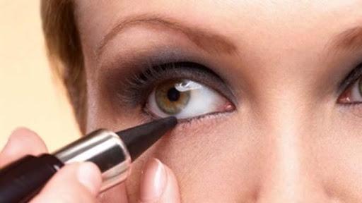 سرمه چشم خانگی