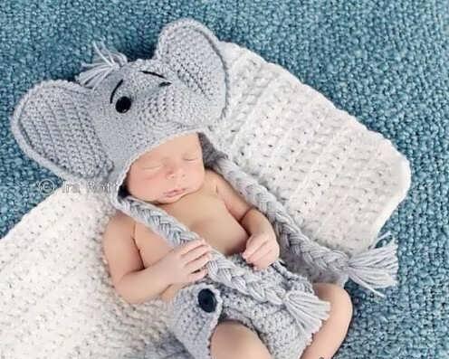 مدل شال و کلاه بافتنی نوزادی با ست زیبا و فانتزی