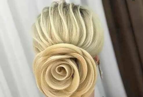 شینیون گل رز