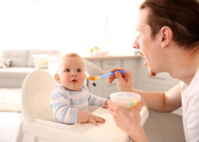 بهترین غذاهای کمکی برای کودک از شش ماهگی