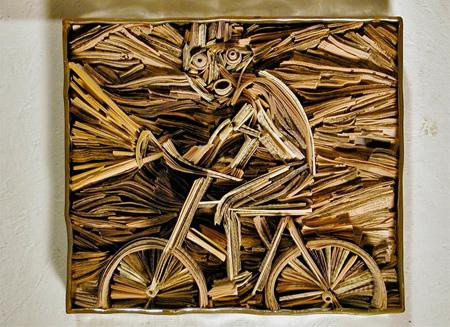 هنرنمایی جالب و ساخت مجسمه با روزنامه باطله