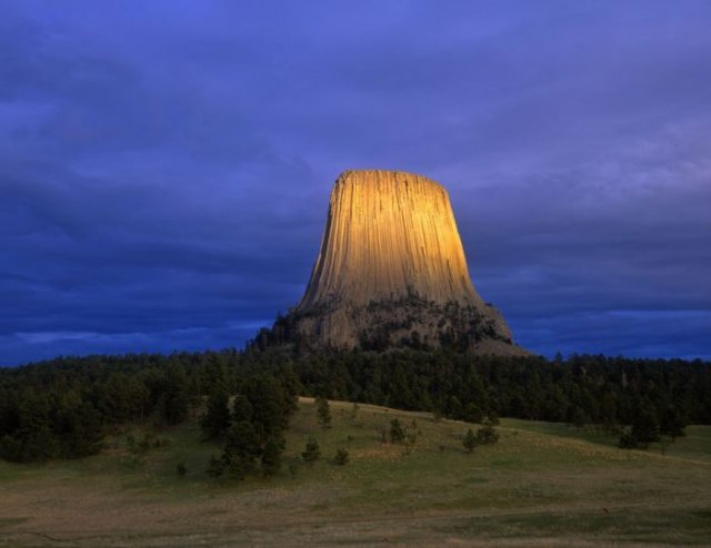 تصاویری شگفت انگیز از صخره ها و سنگ های زیبا