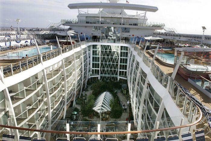 بزرگترین کشتی کروز دنیا