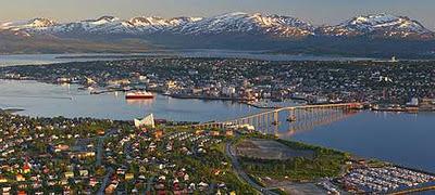 ۱۰ تفاوت قطب شمال و جنوب !
