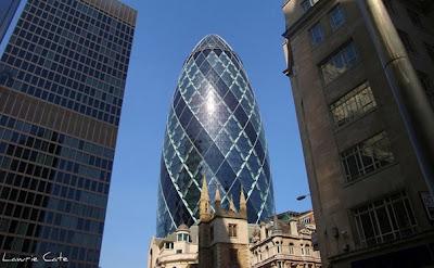 ساختمان خیار (لندن، انگلستان)