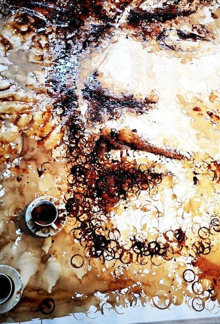 نقاشی های زیبا با لکه فنجان قهوه