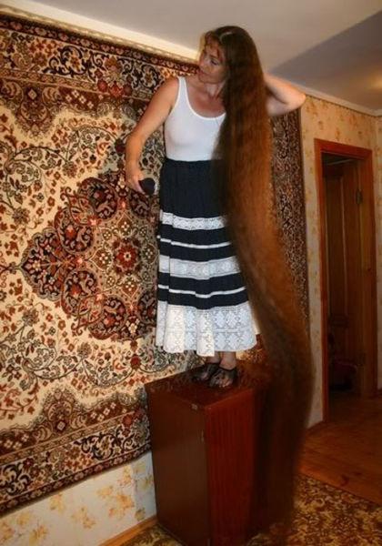 زن مو بلند