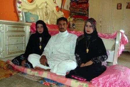 دو دختر که همزمان عروس یک مرد شدند+عکس