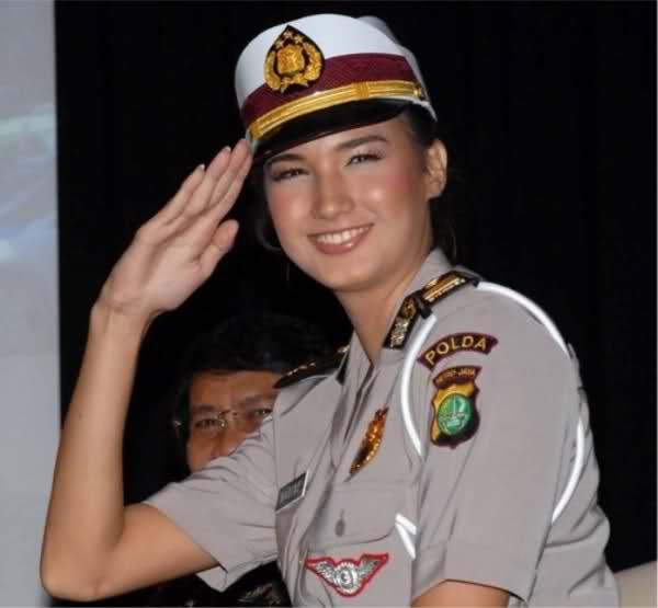 دختر اندونزی